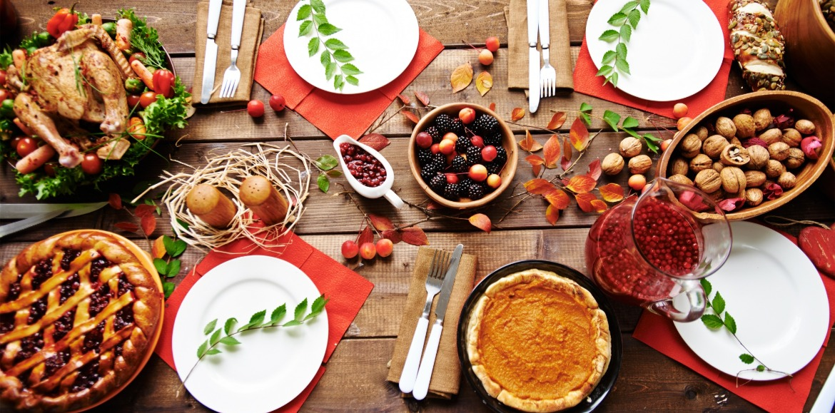 thanksgiving dinner table setting | Asheville Connections